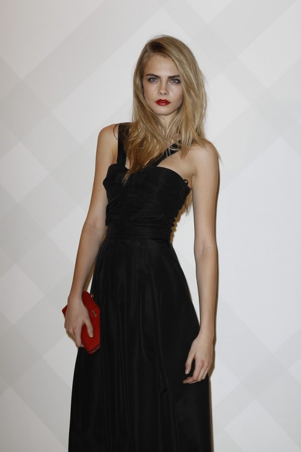6 - Cara Delevingne wearing Burberry at the Burberry Paris event2