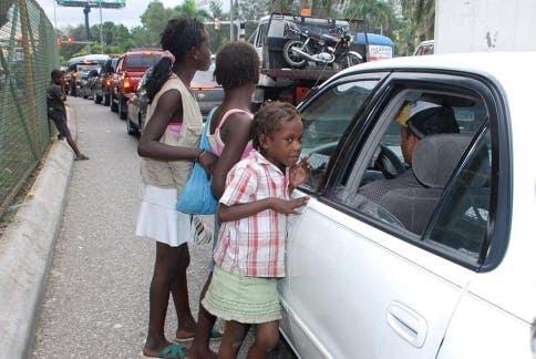 Resultado de imagen para Los haitianos semaforo