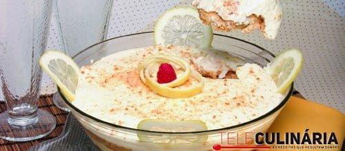 Creme de limão com bolachas