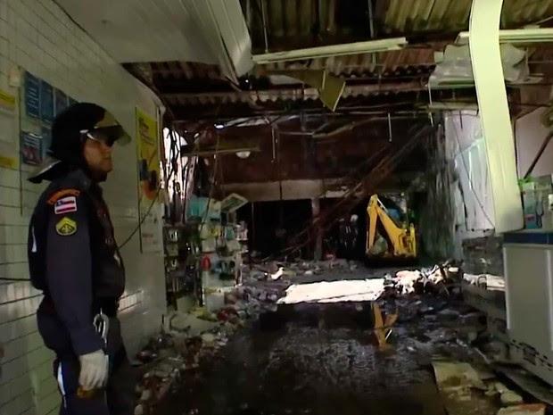Farmácia em Camaçari após explosão na Bahia (Foto: Imagens/ Tv Bahia)