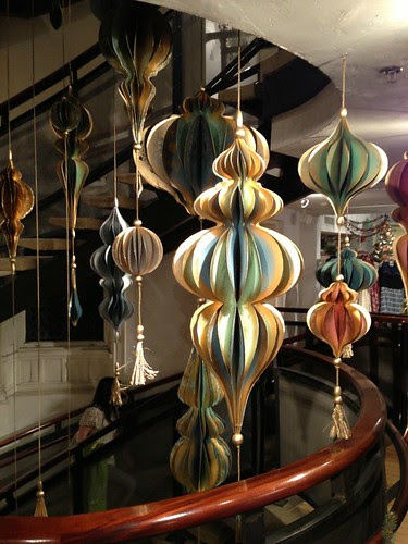 stairwell-ornaments-2