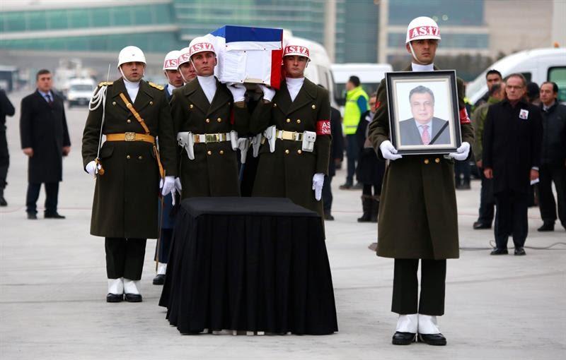 Resultado de imagen para FUNERAL DEL EMBAJADOR RUSO  EN TURQUIA