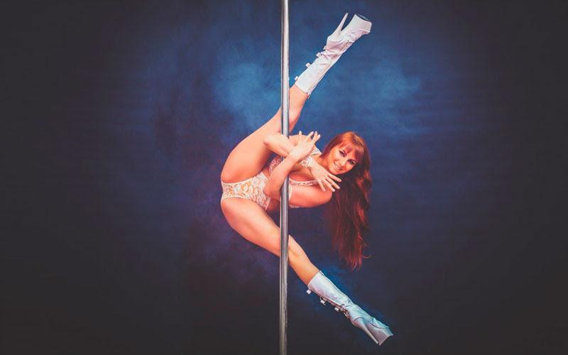 10 самых эффектных танцовщиц на шесте