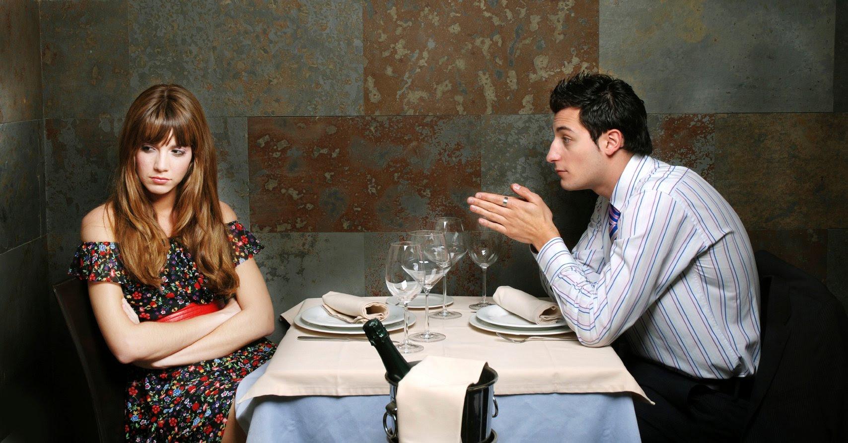 10 coisas que você NUNCA deveria fazer em um primeiro encontro