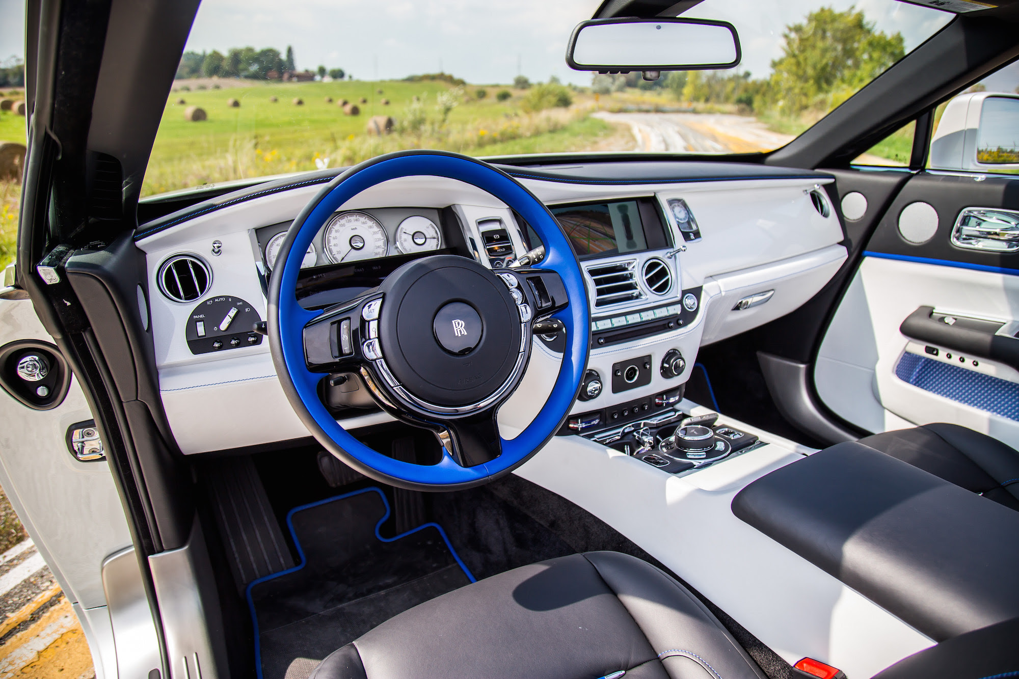 Review 2017 Rolls Royce Dawn Canadian Auto Review