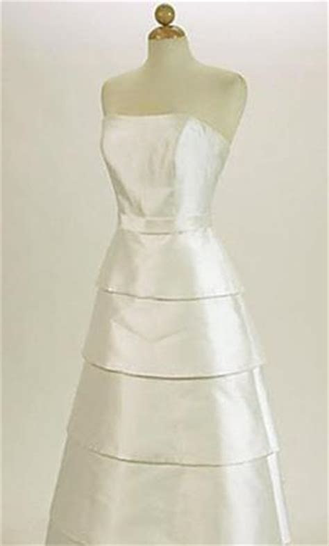 Richard Glasgow Mikado Silk Gown, $500 Size: 4   New