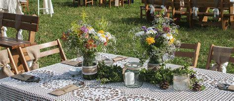 30 Cozy Rustic Backyard Wedding Decoration Ideas   Wedding