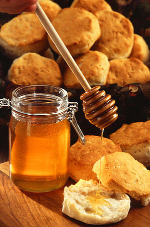 American biscuits with honey