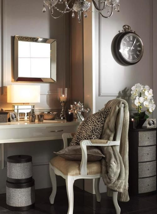 a chic little vanity area. girlie glam