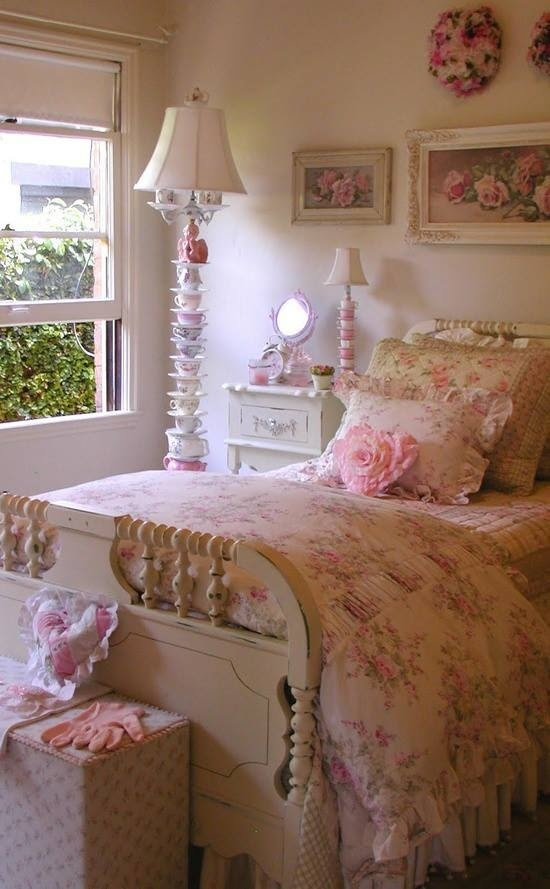 Pink bedroom for baby girl