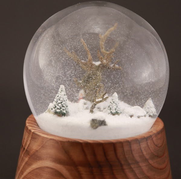 Crafting A Snow Covered Castle The Modern Snow Globe Maker The