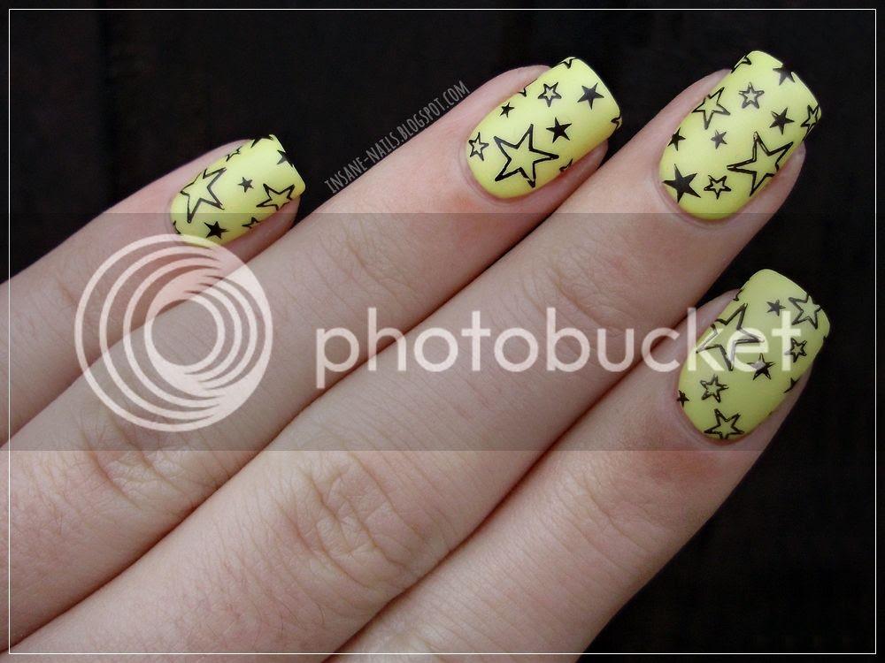 photo matching-manicures-yellow-nails-1_zps2znqkexs.jpg