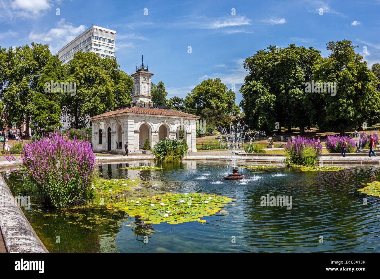 the italian gardens kensington gardens london E8X13K