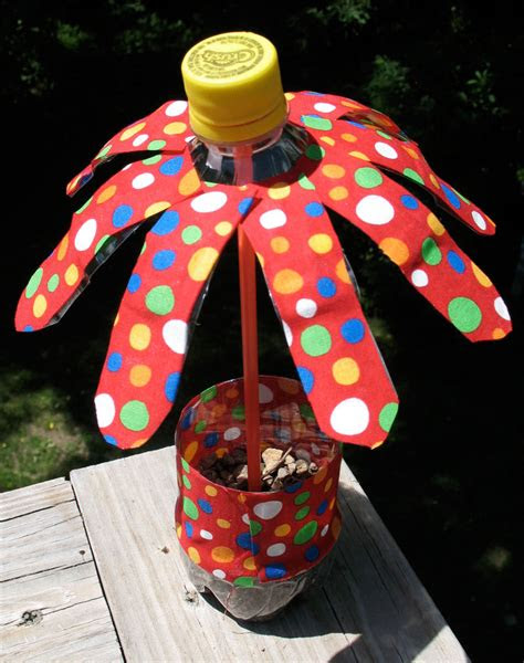 water bottle flowers summer camp crafts  lessons