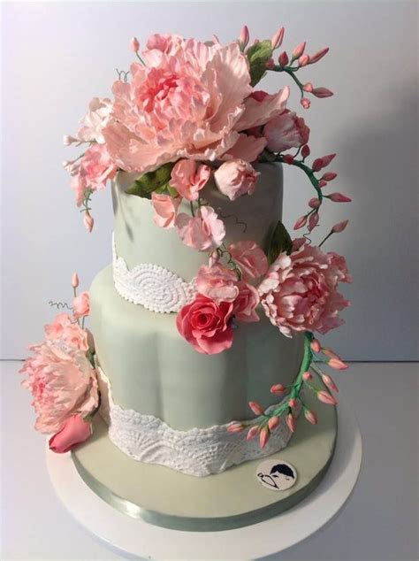 17 Best ideas about Simple Cake Designs on Pinterest