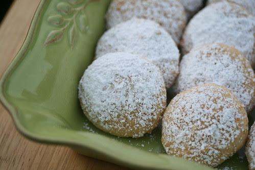 Buttery Mango Jam Cookies