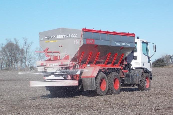 Fertilizadora Yomel Impala Truck 25000