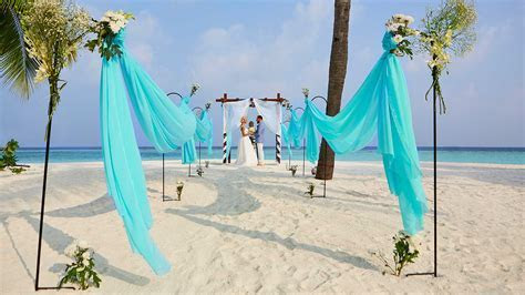 Weddings at Hurawalhi Maldives Resort ? Maldives Weddings