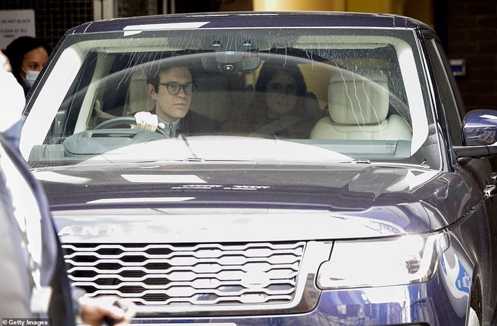New mom, Princess Eugenie leaves hospital with her baby son (Photos)