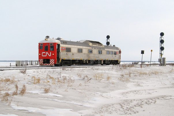 CN 1501 at Diamond. Photo by Jeff Keddy