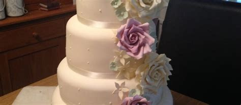 Gluten Free Vintage Wedding Cake   The Great British Bake Off