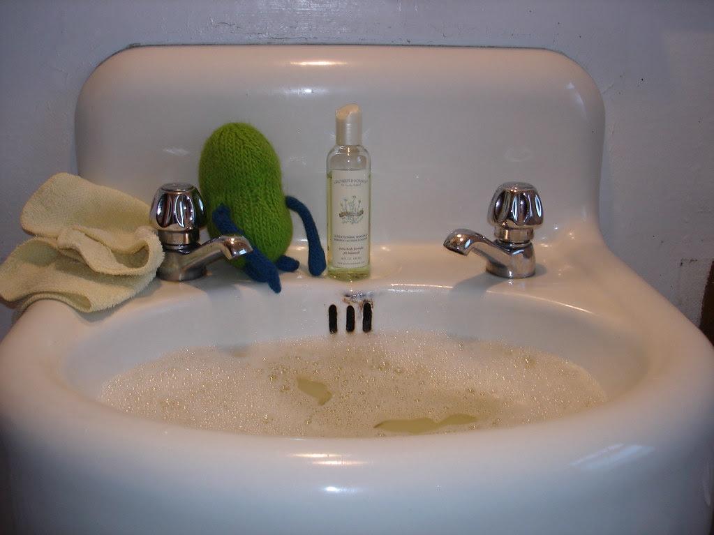 Henry Takes a Bath