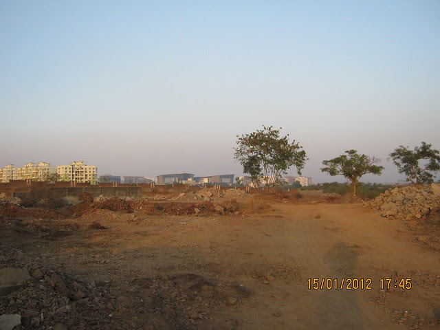 Visit to Liviano, 2 BHK 2.5 BHK 3 BHK & 4 BHK Flats at Kharadi, Pune 411 014 IMG_9411