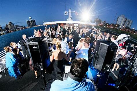 Ovation sundeck wedding reception   Picture of Infinity