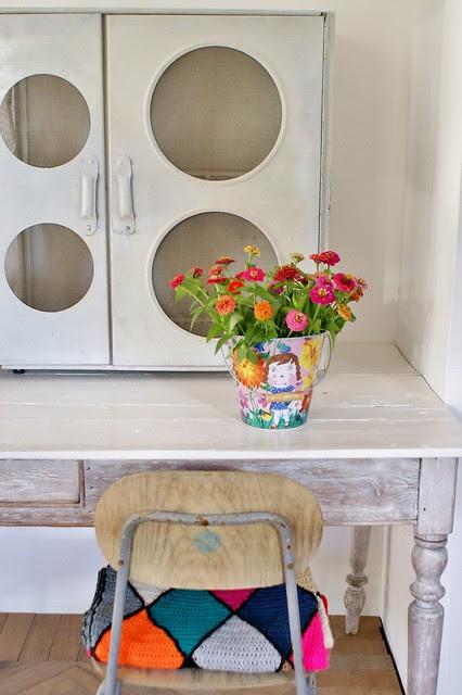 circles cupboard