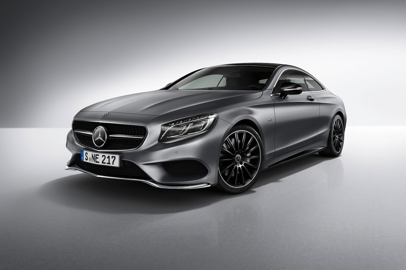 Bold in Black: Mercedes-Benz S-Class Coupe Night Edition ...