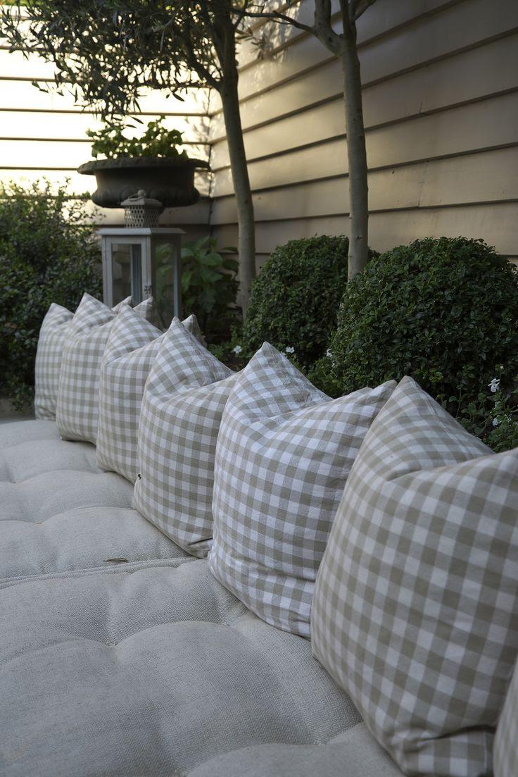 Leopoldina Haynes garden, photographed by Yasunori Shimomura for Modern Living Japan, September 2013.