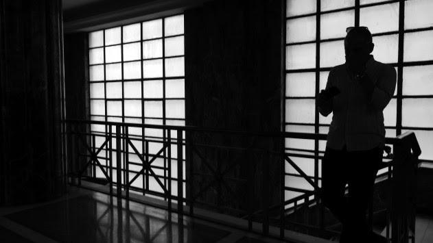 `Μαύρο` από την τρόικα: Απολύσεις και μειώσεις μισθών στο Δημόσιο – Αυξήσεις ορίων ηλικίας για σύνταξη και ομαδικές απολύσεις στον ιδιωτικό τομέα