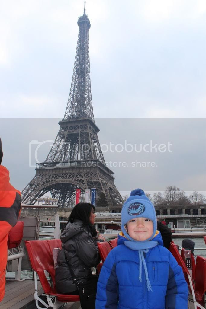 photo ParisBoatCruiseEiffelTower_zps97f69082.jpg