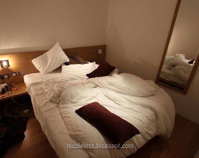 bedroom london apartment