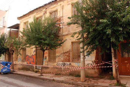 Αίγιο: Πάνω από 100 σπίτια μη κατοικήσιμα εξαιτίας του σεισμού