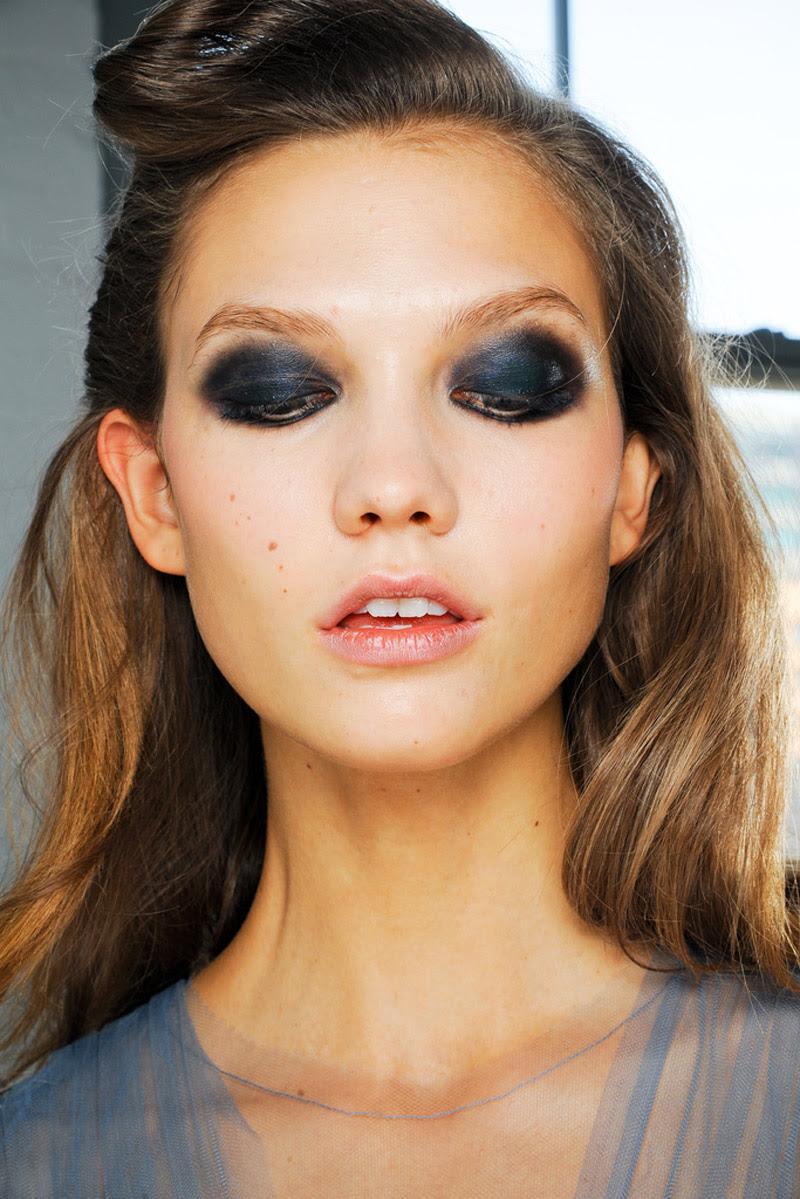 Fashion Model Karlie Kloss, Fashion editorials, Style inspiration, Fashion photography, Long hair