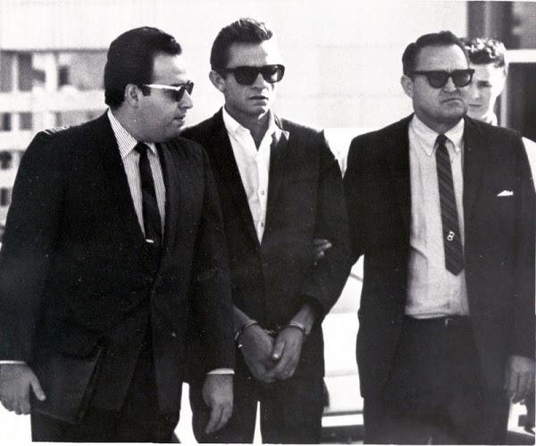 Johnny Cash busted in El Paso