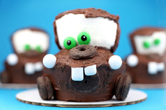 40 cool, eye catching and crazy yummy cupcake designs