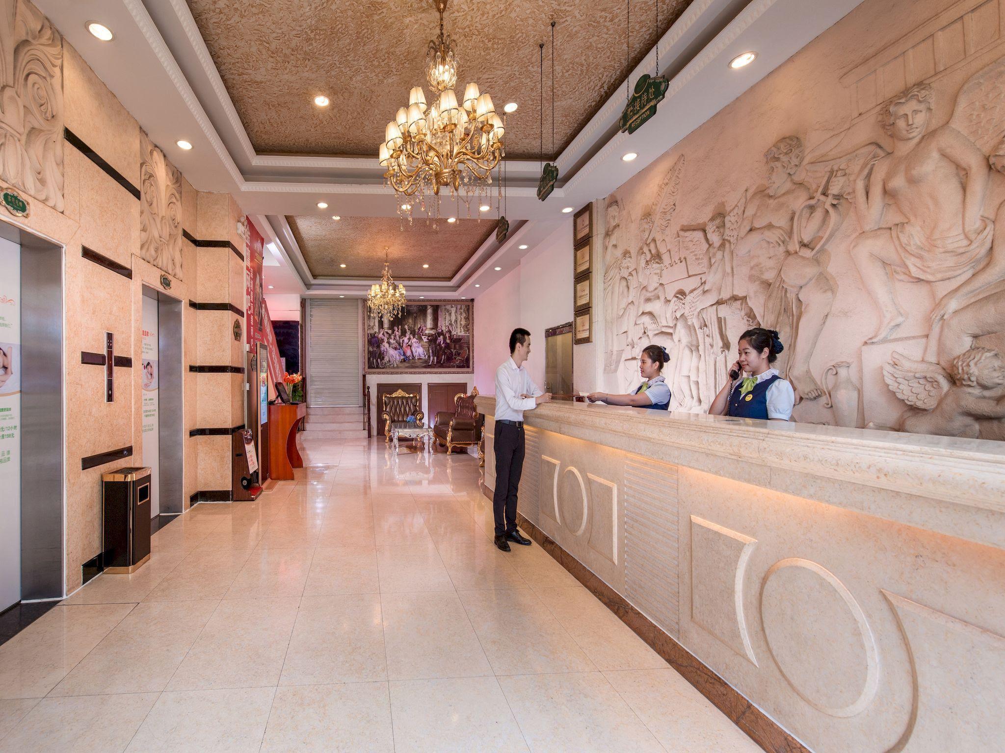 Price Vienna Hotel Shenzhen Dongmen Branch