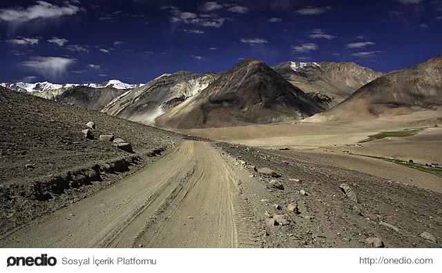 En Yüksek Dağ Geçidi - Marsimik La, Hindistan