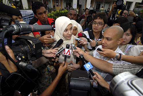 Nurul Izzah Anwar: ผู้หญิงกับการเมือง (1)