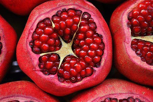 Pomegranate: Benefits for Skin and Hair