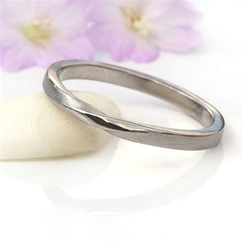 2mm Ribbon Twist Wedding Ring   Ethical Wedding Bands