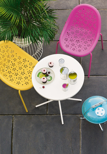 Heals Outdoorable - Tea Chairs and Pix Table