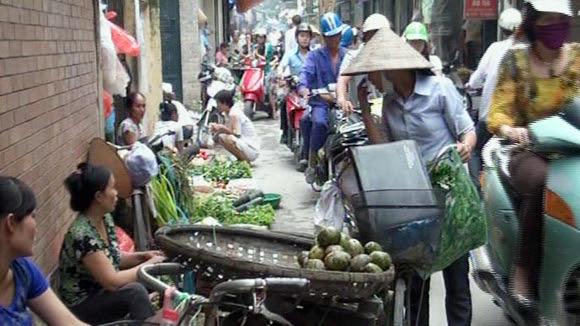 chợ cóc, xe máy, trật tự đô thị, Hạ Long, hàng rong, thị dân