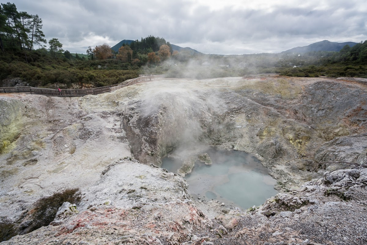 wai-o-tapu-new-zealand-volcanism-21