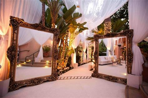Unique Wedding Entranceway Decoration Ideas ? WeddCeremony.Com