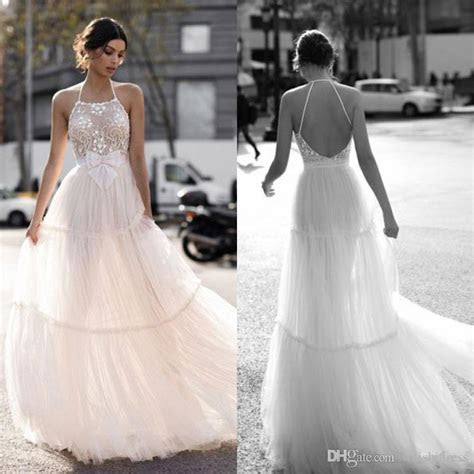 2018 Gali Karten Wedding Dresses Backless Halter Neck Lace