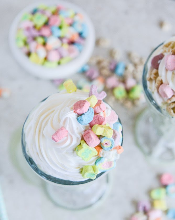 Boozy Lucky Charms Cereal Milkshakes with Marshmallow Frosting I howsweeteats.com