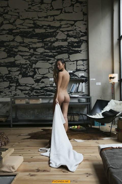 Jennifer Berg Nude - Hot 12 Pics | Beautiful, Sexiest